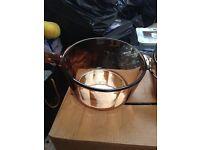 Pyrex 3 piece pan set with lids