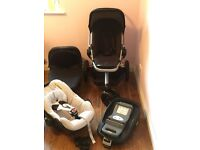 Quinny Buzz Travel System with Maxi Cosi car seat and isofix base. Good condition !