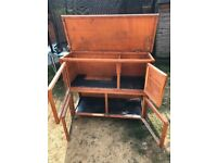 Rabbit hutch 2 tier for sale with opening lid