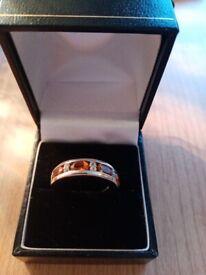 Kurundu Garnet & white topaz band ring in sterling silver