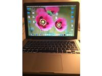 Apple MacBook Pro 13 inch Retina 2.4GHZ