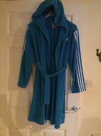 Adidas 12-13 robe