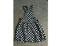 Girls dress. Size 7-8 years. 128 cm