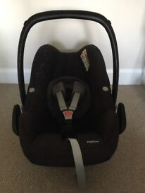 Maxi Cosi Pebble Car Seat. Great Condition. Not been involved in any accidents. Smoke free car.