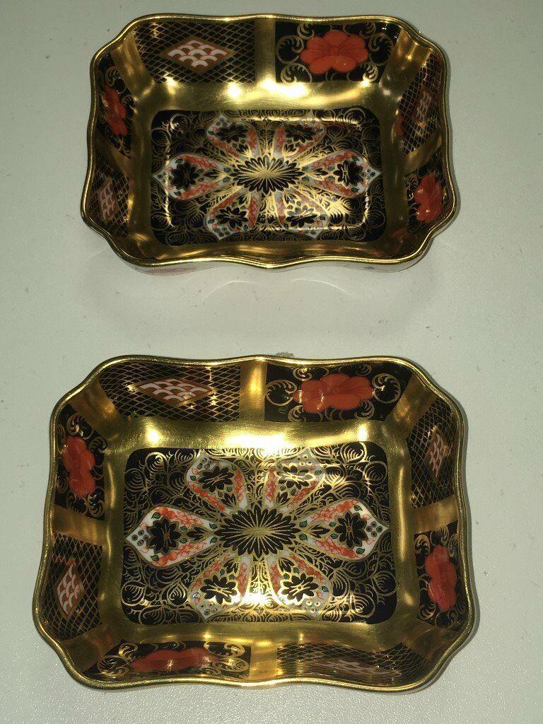 84138db4b37 2 x Royal Crown Derby Old Imari 1128 Square Pin Dish (SGB) Solid gold band  (block)