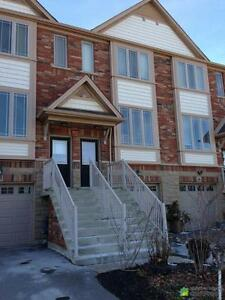 $354,900 - Townhouse for sale in Grimsby
