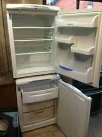 Fridge and freezer hotpoint