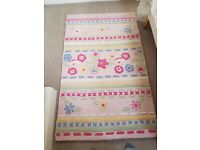 Girl's bedroom/playroom wollen rug