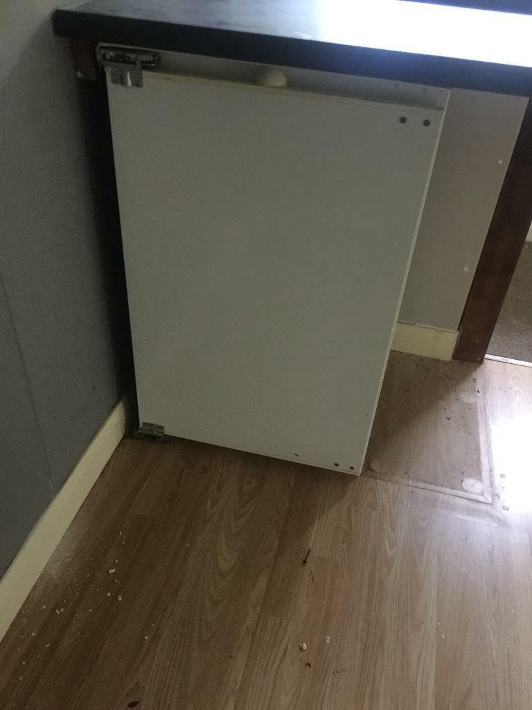 Under counter fridge