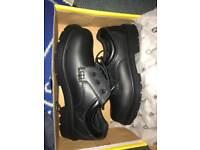 Size 9 steel toe cap boots