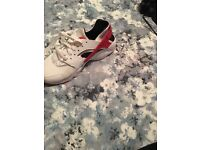 White and red Nike huaraches size 6