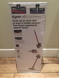 Dyson v6 Total Clean Cordless Vacuum NEW