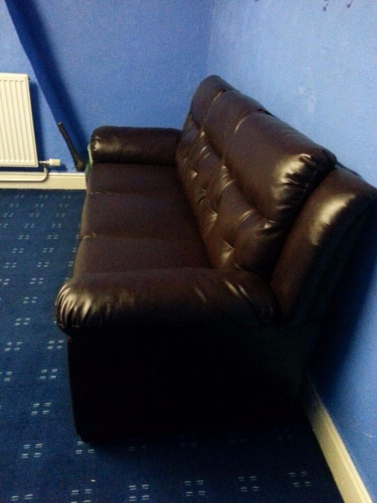 Dark Brown Leather Sofas 3x2 for quick bargain price