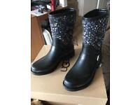 Genuine Ugg short wellington boots