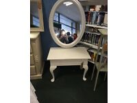 Upcycled light grey mirror
