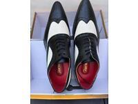 Men's brogue shoes new size 11