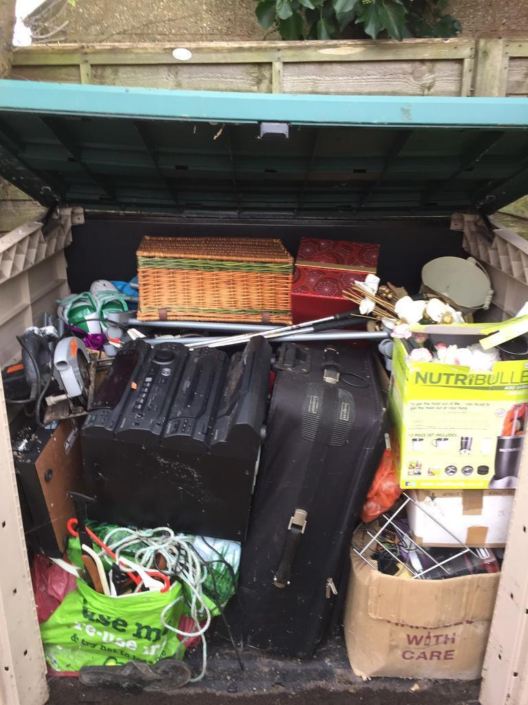 Assorted car boot items