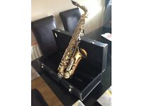 Saxsaphone with case and stand