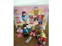 Rosebud cottage doll family