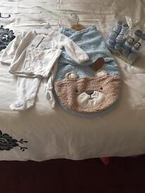 Baby grow bag/swaddle blanket