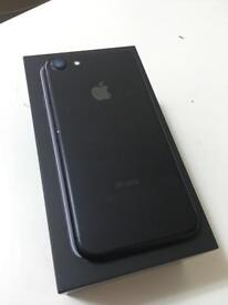 iPhone 7 32gb Matt black and silver white available