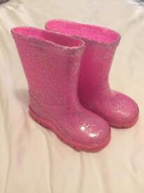 Girls pink wellies size 5