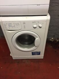 nice white indesit washing machine it's 6kg 1100 spin in excellent condition in full working order