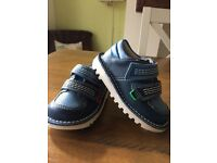 Boys kickers leather shoes size 6