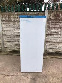 very good condition labcold commercial chiller full working order only £160 price