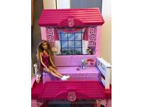 Barbie playhouse, plus table and chairs, bath and toilet, l