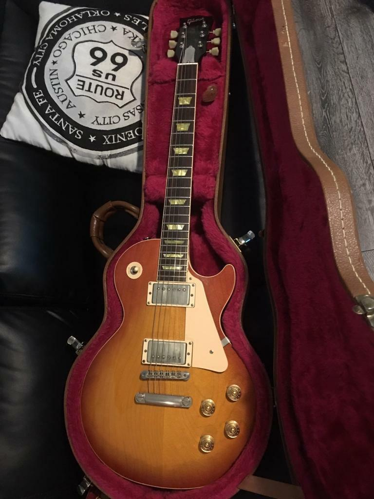 Gibson Les Paul Classic 1960 with antiquities