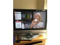 "32"" Panasonic TX32LXD60 Viera HD Ready Digital Freeview LCD TV"