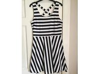 Women's Striped Summers Dress Size Medium (14) H&M VGC