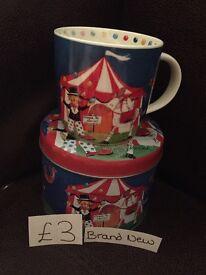 Circus mug in tin (brand new)