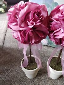 Wedding decor, flower pot, pink flower.