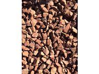 Garden pink stone chipping 2x8m
