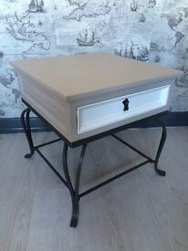 WOODEN OCCASIONAL/COFFEE/SIDE TABLE