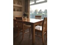 Dining Room Table And Chairs Very Good Condition