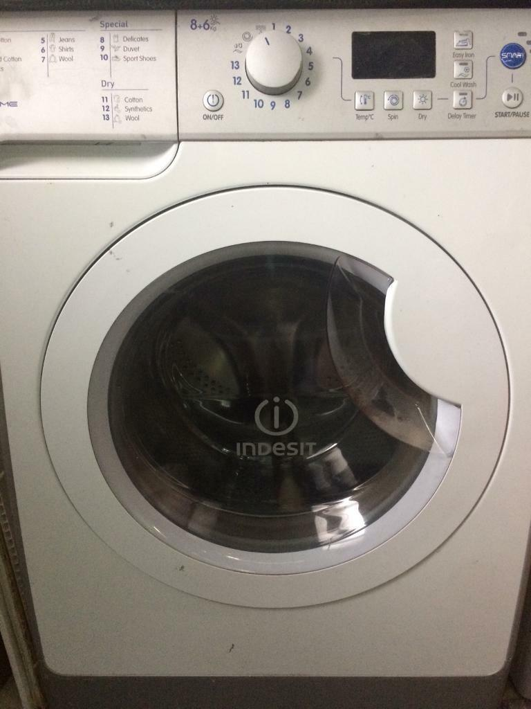 Indesit Washer dryer 8+6kg spares or repairs | in Middleton, Manchester |  Gumtree