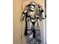 Brand new with tags Star Wars costume 5-6 years