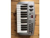 M audio Oxygen 8 Midi Keyboard