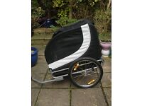 Pawhut( folding ) dog bike trailer,black and white