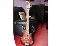 Yamaha BB615 Active 5-String Bass guitar