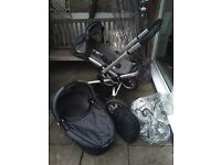 Quinny travel system with carry cot