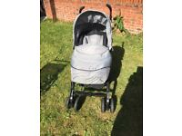 Silver cross 3D pram comes with raincover carrycot baby bag foot muff and car seat