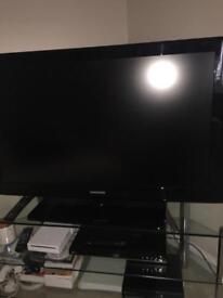 """TV Samsung- full HD freeview LCD TV 40"""" -SOLD"""