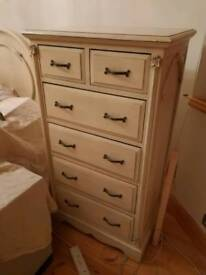 Shabby Chic 6 chest of drawers