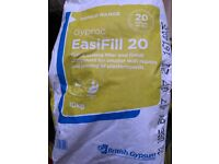 (New) 2 x 10kg bags of Easifill 20 (Use by - 07/07/21)