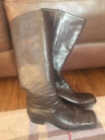 Ladies soft leather boots