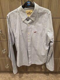 Hollister shirt size s worn once